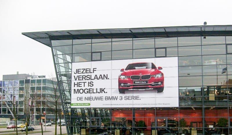 Fönsterdekor BMW